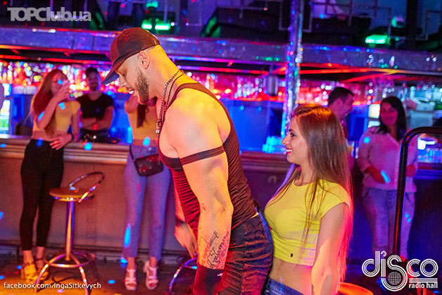 masturbation-man-show-strip-fallon-pink