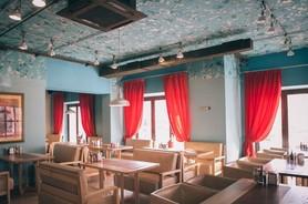 Качаровская на Андреевском (Kachorovska Store Cafe Подол) Ресторан ... 1198b9567e6b0
