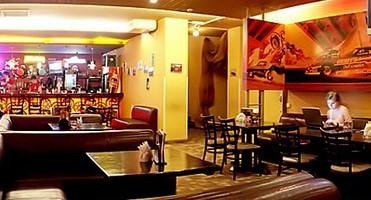 Кафе бар с кабинками для секса