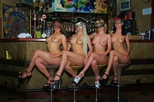 porno-russkiy-strip-bar