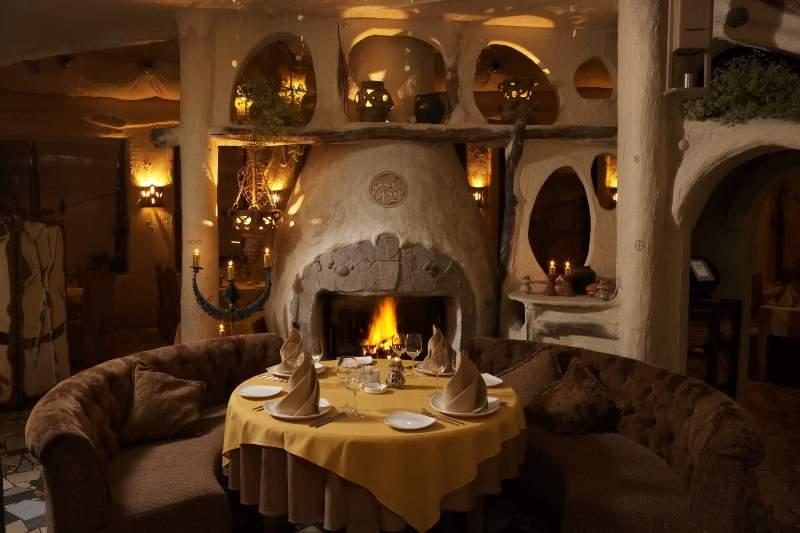 Зимние рестораны с камином