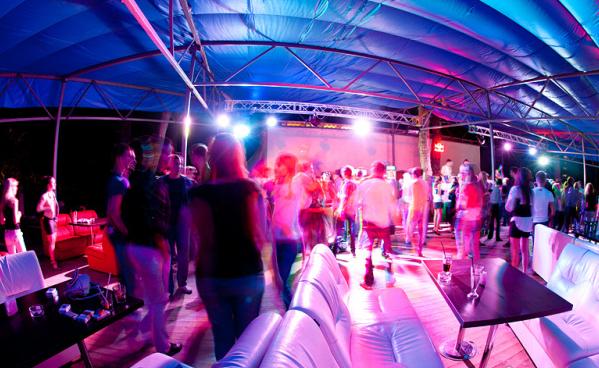 Ночные клубы кокос ночной клуб выгодно или нет
