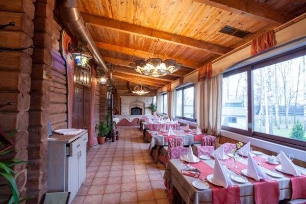 Рекомендуемые места, Июнь (Киев): Загородные рестораны