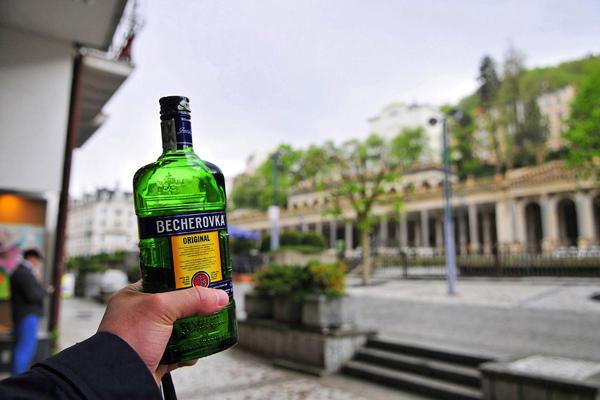 Бехеровка – лекарство или алкоголь?