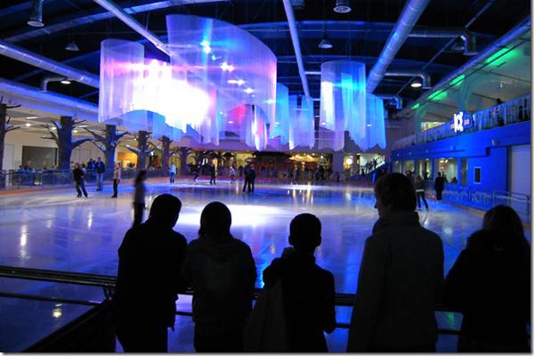 Где и за сколько можно покататься на коньках в Киеве