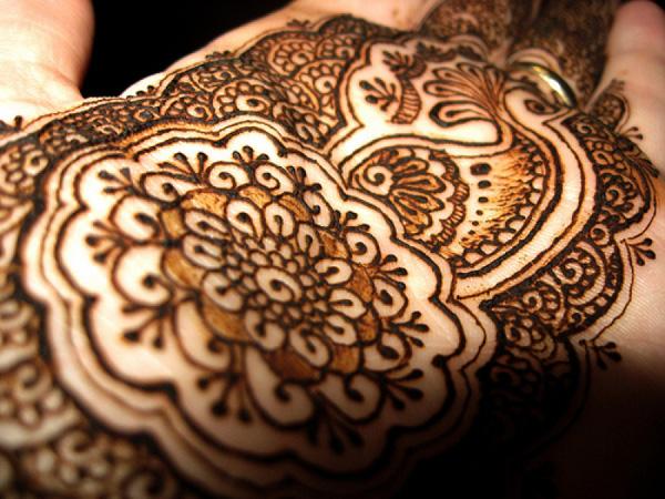 Искусство рисунка хной – Мехенди