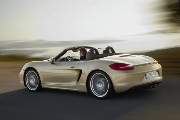 Porsche уже анонсировал новинку 2013 года