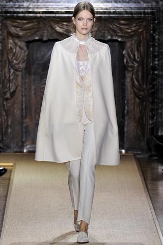 Райский сад Valentino: цветочная коллекция на Неделе Высокой моды