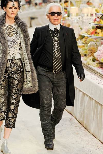 Роскошный показ Карла Лагерфельда для Chanel