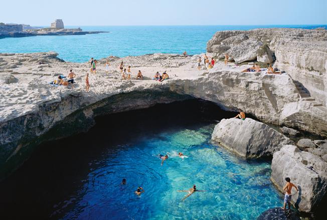 Самые удивительные места для купания