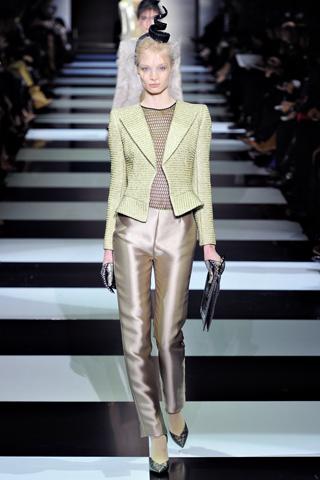 Сбросили шкурку: змеиные метаморфозы Armani на неделе моды