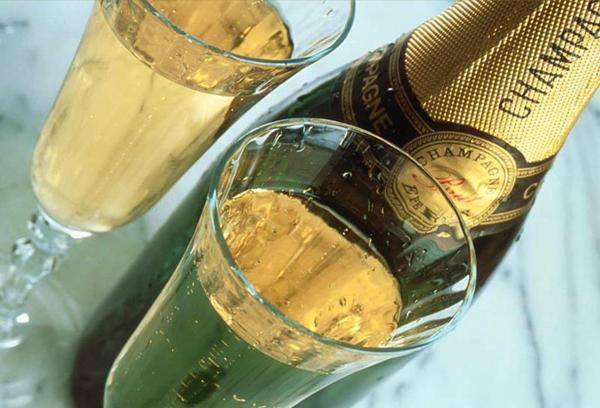 Шампанское: шипучка или элитный напиток?