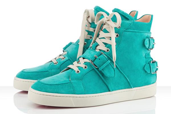 Шипованные кроссовки от Christian Louboutin