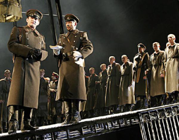 Спектакль МХТ «Белая гвардия» покажут в Киеве