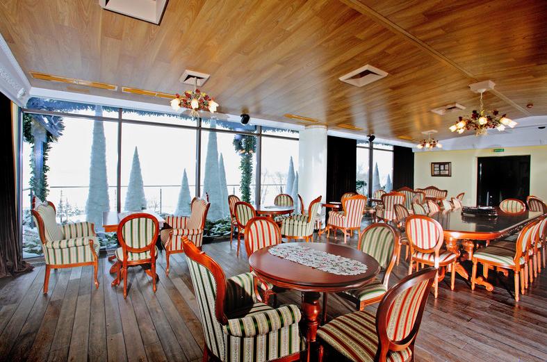 Ресторан казино кафе веранда актерская рулетка