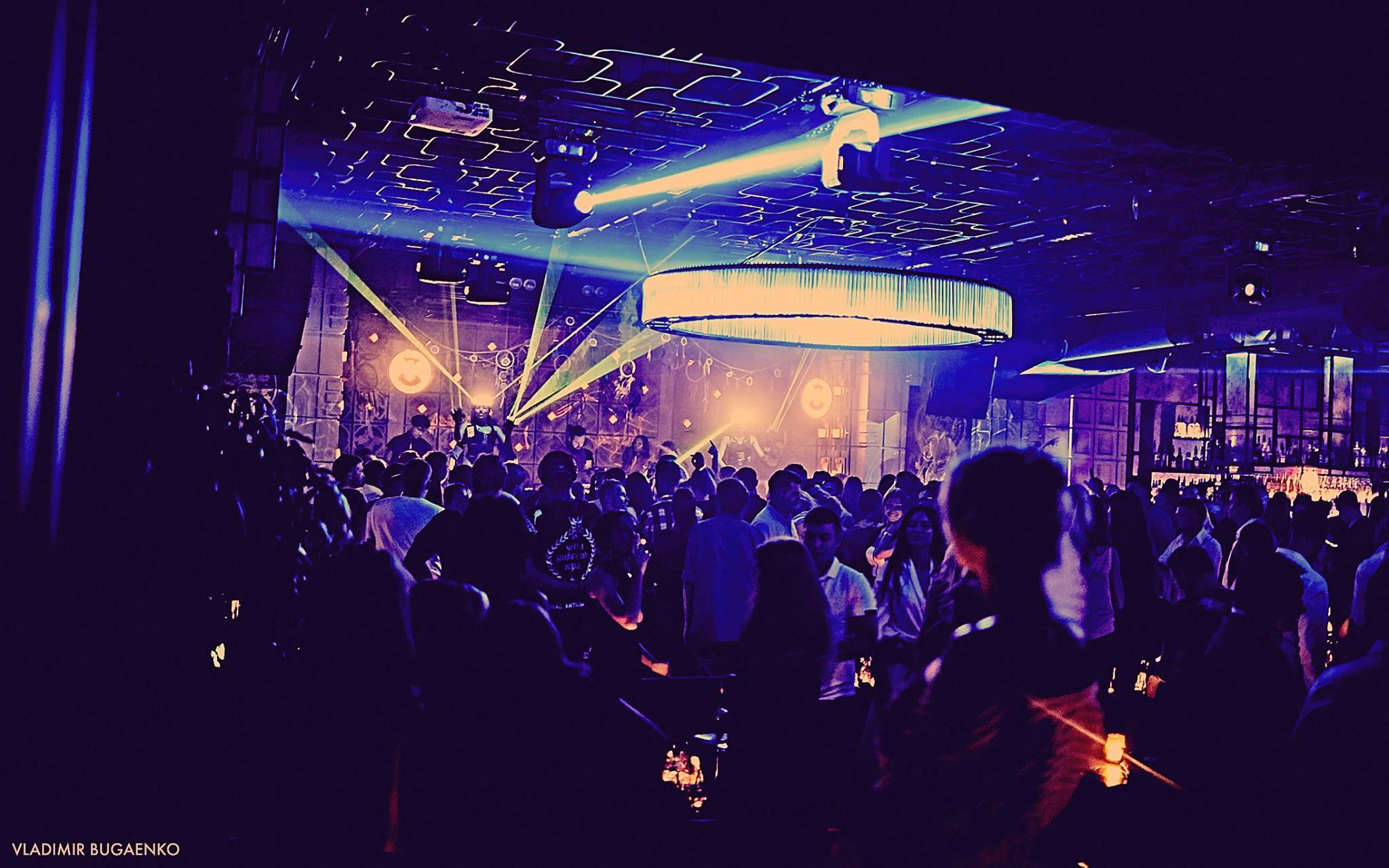 Фотоотчеты из ночных клубов владимир правило закрытого клуба